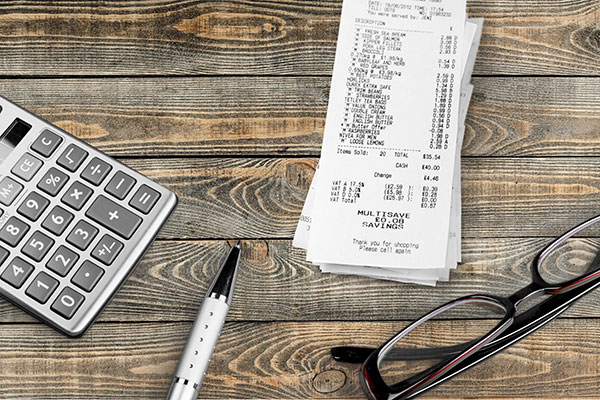 5 Reasons to Keep Receipts